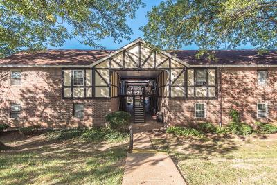 Condo/Townhouse Contingent No Kickout: 1035 Woodgate Drive