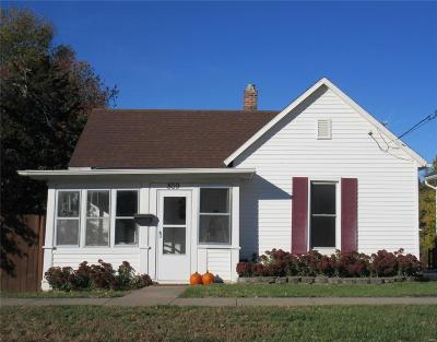 Hannibal MO Single Family Home For Sale: $78,000