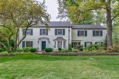 Ladue Single Family Home For Sale: 11 McKnight Lane