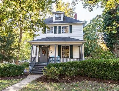 Webster Groves MO Single Family Home For Sale: $439,900