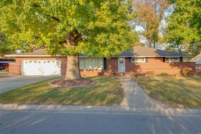 Single Family Home Sold: 4325 Chantel