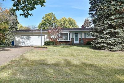 Single Family Home For Sale: 23 Rolling Hills Drive