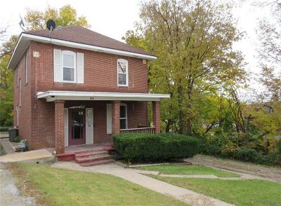 Hannibal MO Single Family Home For Sale: $67,000