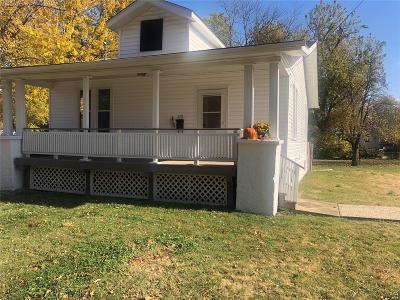 O'Fallon Single Family Home For Sale: 115 South Lawn Avenue