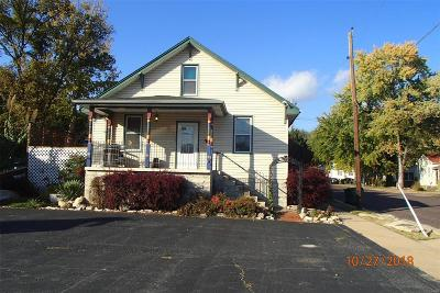 Franklin County Single Family Home For Sale: 233 East Osage Street