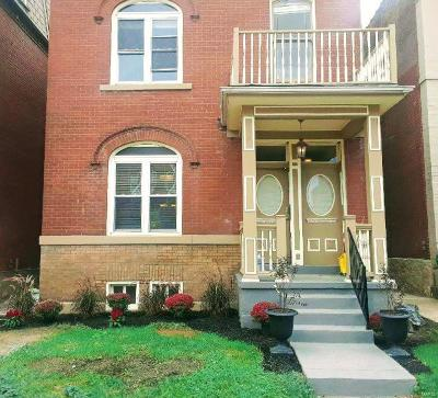 St Louis Single Family Home For Sale: 2724 Armand Place
