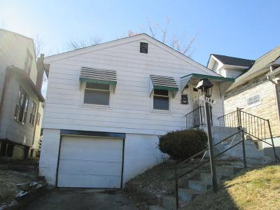 St Louis Single Family Home For Sale: 7106 Edison Avenue