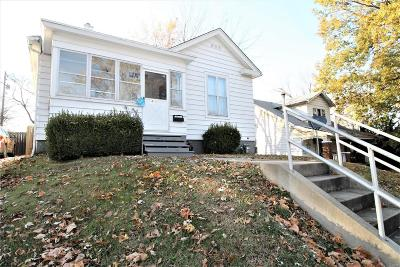 Edwardsville Single Family Home For Sale: 413 Plum Street