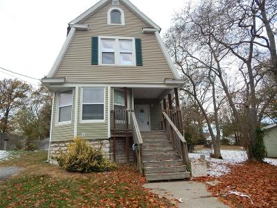 Single Family Home For Sale: 1634 Seminary Street