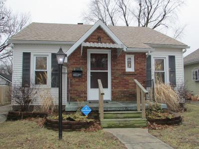 Single Family Home For Sale: 825 Logan Street