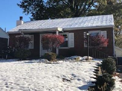 St Louis Single Family Home For Sale: 3456 Lindscott Avenue