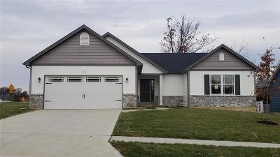 Wentzville Single Family Home For Sale: 837 Mule Creek Dr.