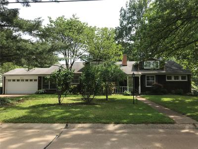 Webster Groves MO Single Family Home For Sale: $520,000