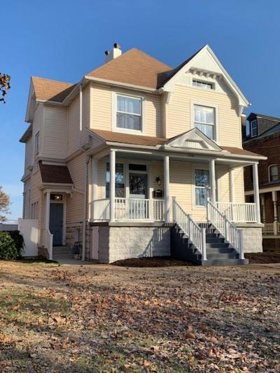 St Louis City County Single Family Home Contingent No Kickout: 6741 Mitchell Avenue