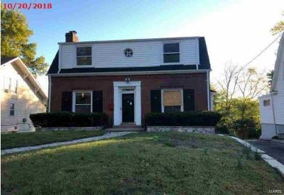 Single Family Home For Sale: 20 Miller Place