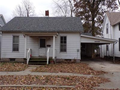 Jerseyville Single Family Home For Sale: 204 Goodrich
