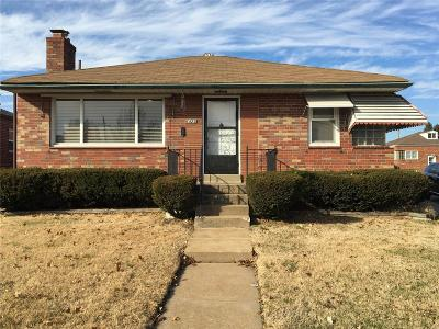 St Louis Single Family Home For Sale: 6423 East