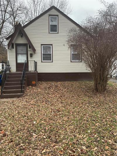 Single Family Home For Sale: 617 Belmont Place