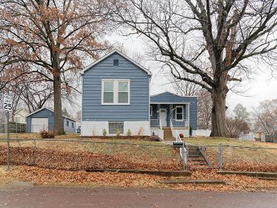 St Louis Single Family Home For Sale: 235 East Arlee Avenue