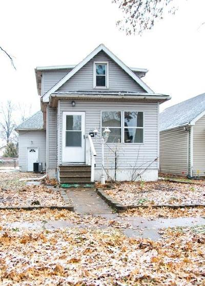 Granite City Single Family Home For Sale: 2321 Edwards