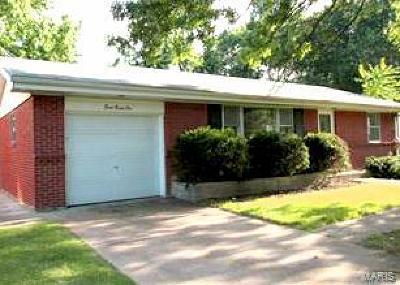 St Louis Single Family Home For Sale: 822 Font