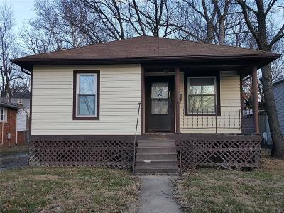 Single Family Home For Sale: 108 Cooper Avenue