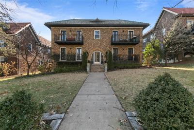 St Louis Single Family Home For Sale: 7704 Shirley Drive #4