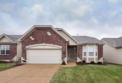 St Peters Single Family Home For Sale: 1202 Emerald Gardens Drive