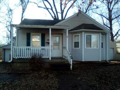 Alton Single Family Home For Sale: 3222 Hawthorne Boulevard