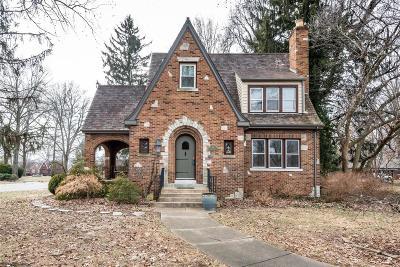 Belleville Single Family Home For Sale: 415 Garden Boulevard
