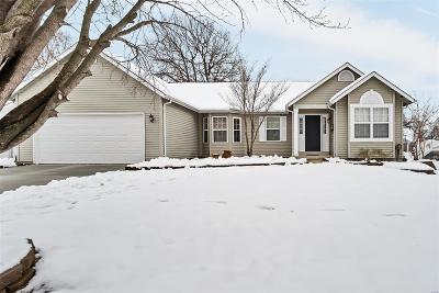 O'Fallon Single Family Home For Sale: 9 Red Cedar Parc Court