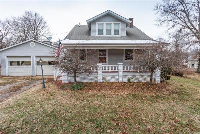Belleville IL Single Family Home For Sale: $135,000
