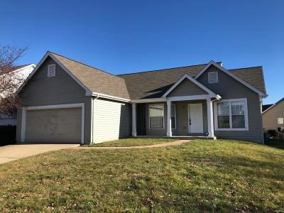 Single Family Home For Auction: 16333 Hampden Place