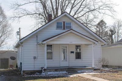 Red Bud Single Family Home For Sale: 410 East Second Street
