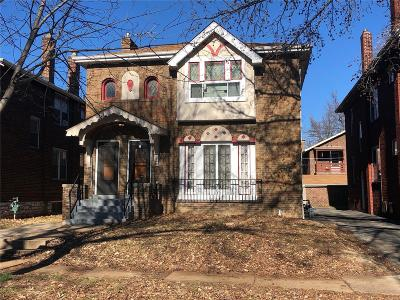 Multi Family Home Active Under Contract: 7039 Tulane Avenue