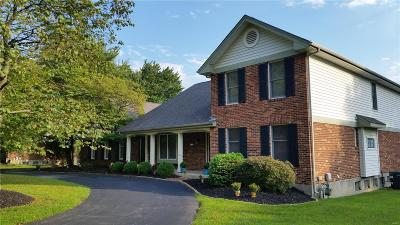 Chesterfield Single Family Home For Sale: 14136 Ladue Road