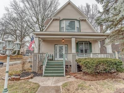 Belleville Single Family Home For Sale: 1101 Olive Street
