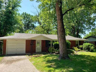 East Alton Single Family Home For Sale: 816 Bee Tree Lane