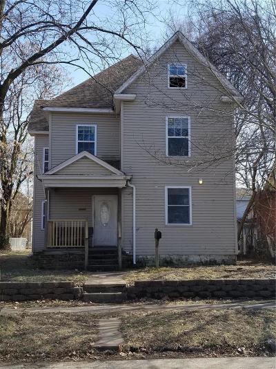 Granite City Single Family Home For Sale: 1718 Delmar Avenue