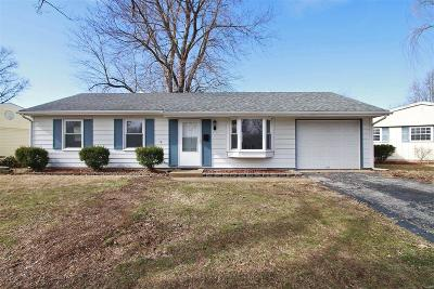 O'Fallon Single Family Home For Sale: 408 Willow Drive