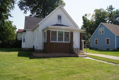 Edwardsville Single Family Home For Sale: 740 Troy Road