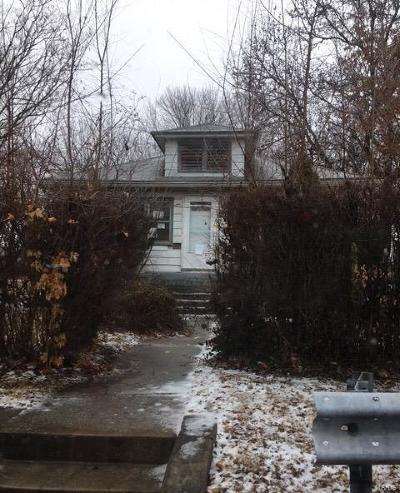 Alton Single Family Home For Sale: 401 Condit Avenue