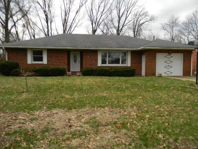 Edwardsville Single Family Home Active Under Contract: 521 Buena Vista Street