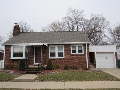 O'Fallon Single Family Home Active Under Contract: 118 West 5th Street