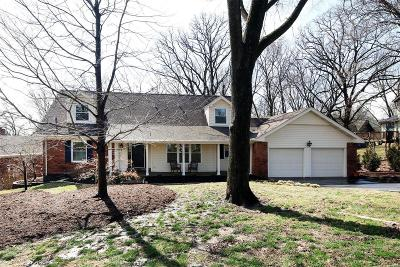 Webster Groves, Kirkwood Single Family Home For Sale: 719 Briarfarm Lane