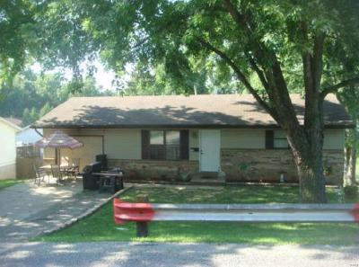 Collinsville Single Family Home For Sale: 718 Ohio Street