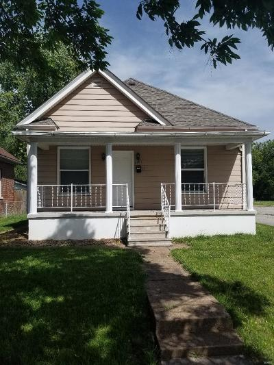Granite City Single Family Home For Sale: 2263 State