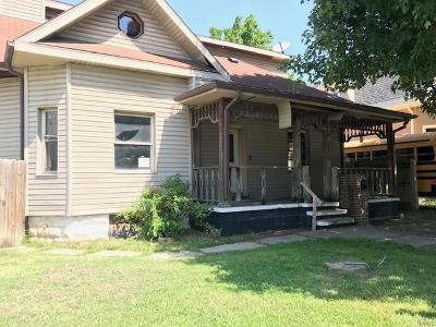 Granite City Single Family Home For Sale: 2215 State Street