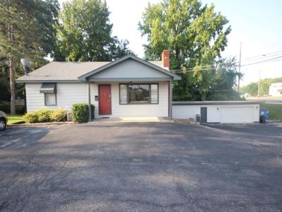 Swansea Commercial For Sale: 2510 North Illinois