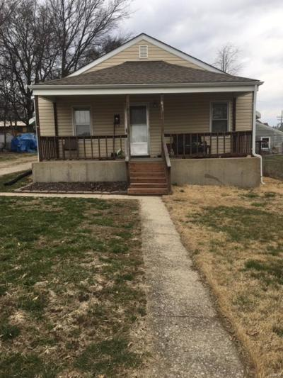 Jefferson County Single Family Home For Sale: 611 Barbara Place